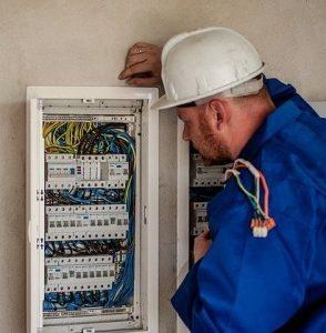 Elettricista a Genova Corte Lambruschini